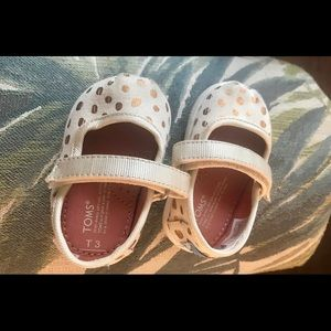 Toms Gold Polka Dot Mary Jane T3 shoes